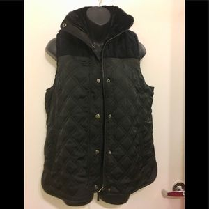 NWT Westbound Fully Faux Fur Lined Puffy Vest. S